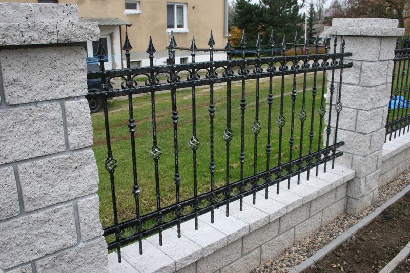 Splendide Grille Jardin A Propos de Clôture, En, Fer, Forgé ...
